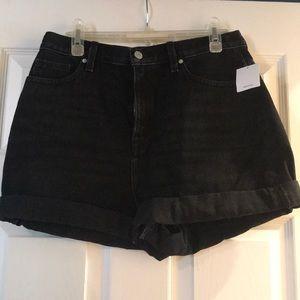 NWT BDG Mom high rise jean shorts